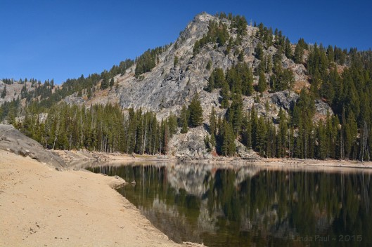 Boulder Mountain stands guard near the outlet of Boulder Lake.