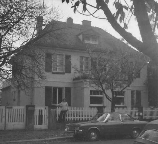 Linda in front of 6 Ritterstrasse, 1978. Converted into a children's home.