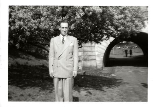 SidneyLinda'sFaather1951